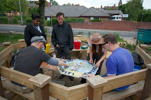 Oblong Volunteers making the mosaic for Woodhouse Community Centre garden
